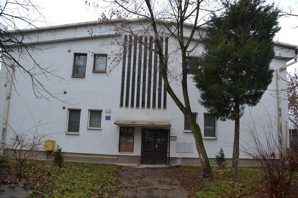 Vodárenská 14. V minulosti neslávne známa ulica, po rekonštrukcii tu vznikne 19 bytov.