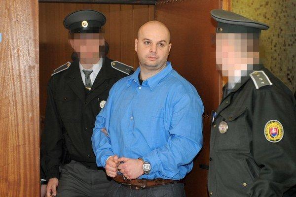 Branislav Adamčo. Svedka navrhol mučiť.