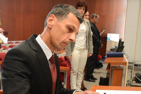 Berberich včera zložil poslanecký sľub.