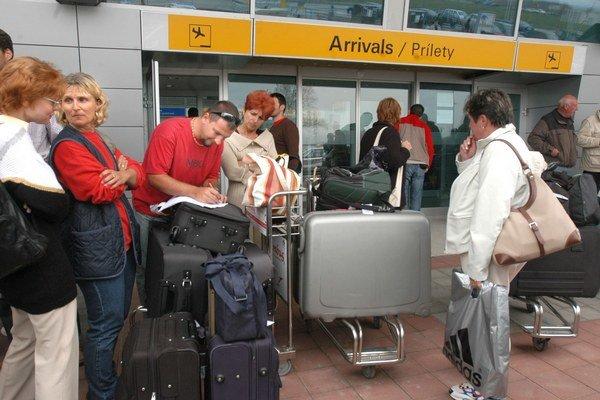 Pasažieri, pozor! Strata alebo poškodenie batožiny môže pokaziť celú dovolenku.