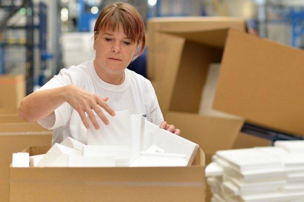 """Zásielky adresátom nedošli. """"Zmizli"""" po tom, čo ich prekontrolovala poštová úradníčka."""