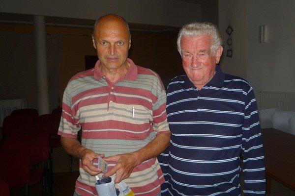 Jozef (vľavo) a Imrich. Zo stretnutia odchádzali spokojní.