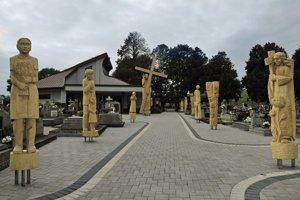 Dôstojný posledný odpočinok. Cintorín v Kechneci prešiel skrášľovacou procedúrou.