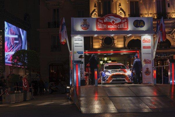 Na štarte slávnej rely. Košičan Martin Koči v Monte Carlo.