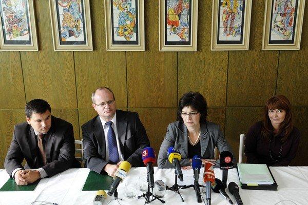 A. Pažúra, R. Lacka a N. Kuzmiakovú vymenovala ministerka v roku 2011. Predsedami súdov chcú byť aj ďalej.