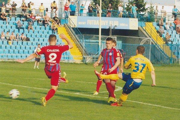 Senici gól nedali. Nepresadil sa ani Ján Novák.