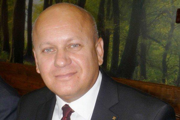 Michal Cehlár. V minulosti bol aj prodekanom pre vzdelávanie.