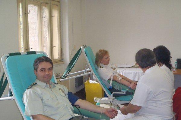 Hovorca Alexander Szabó. Darovanie krvi berie ako súčasť svojho života.
