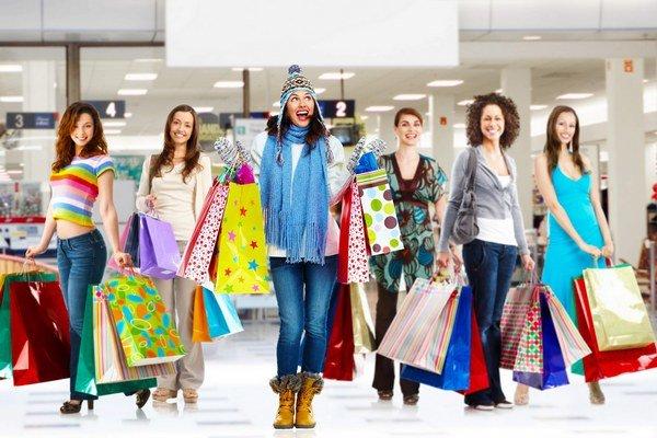 Východniarky si také nákupy nemôžu dovoliť, zarábajú menej a pracovných miest ubúda.