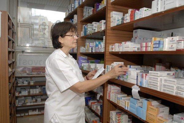 Lekárne. Hlásia nedostatok desiatok liekov.