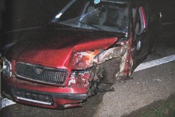 Škoda Felicia. Spolujazdkyňa utrpela smrteľné zranenia.