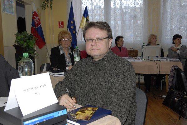 Ladislav Becza. Furčiansky poslanec považuje vypisovanie tlačív s majetkovými priznaniami za zbytočnosť.
