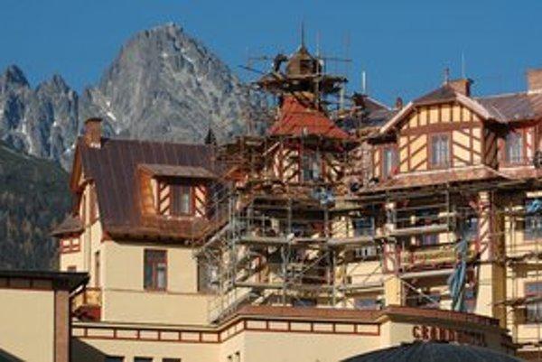 Grandhotel v Starom Smokovci prešiel za posledné roky viacerými úpravami, patrí k špičkovým tatranským hotelom.
