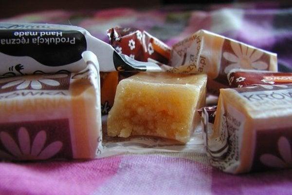 Mardoklejky, známe ako krovky, sú mliečne cukríky s mäkkou karamelovou náplňou.