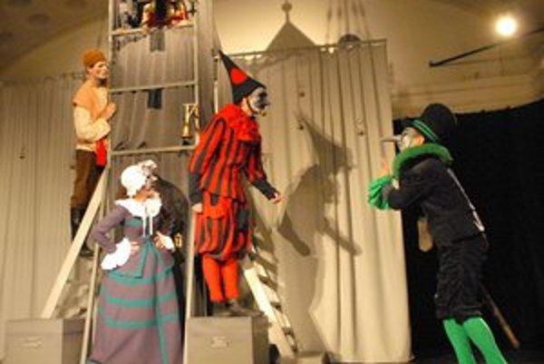 Uvedú premiéru rozprávkovej hry Zvonkohra od Jána Uličianskeho.