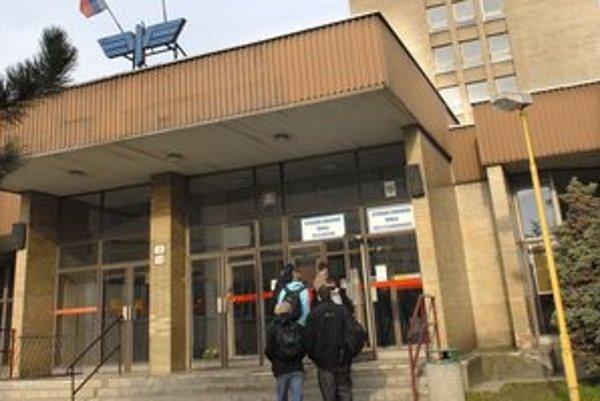 Majú posledné mesiace. SOŠ pôšt a telekomunikácií v Košiciach končí.