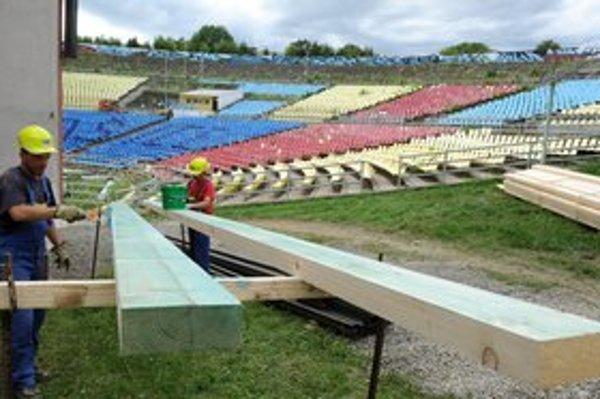 Práce na rekonštrukcii Amfiteátra sa začali.