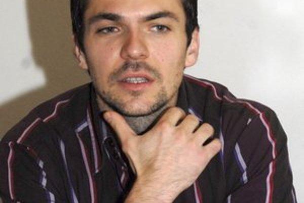 Andrej Suchanov. Je Košičanom dobre známy. Odtancoval tu desiatky baletných predstavení.
