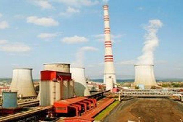 Elektráreň Nováky. Pri jej výstavbe zarobili sprostredkovatelia, o ktorých elektráreň nevedela.