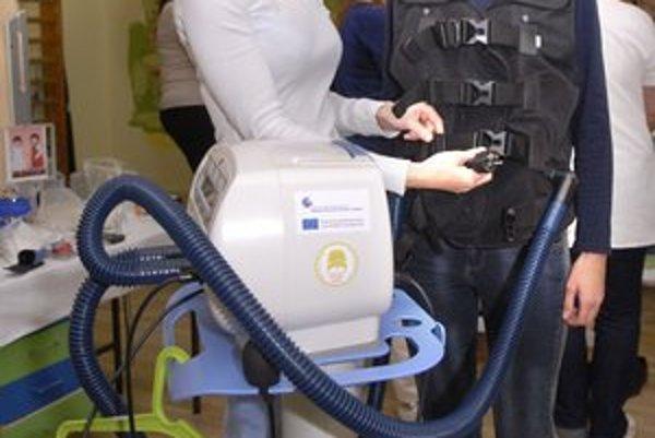 Špeciálna vesta zlepší život pacientom s cystickou fibrózou.