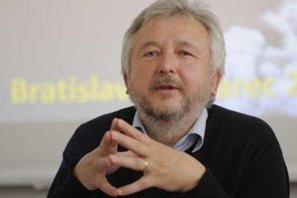 Michala Kravčíka chce za vyjadrenia na blogu žalovať primátor Košíc Richard Raši.