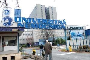 Univerzitná nemocnica. Náklady na lekárske platy sa jej od januára zvýšia.