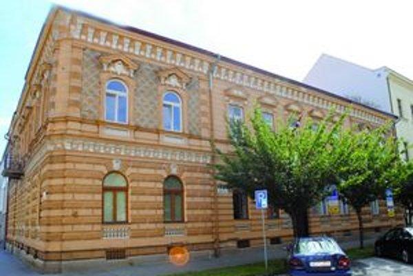 Sídlo firmy Dajal na Krmanovej. Dva milióny eur od mesta jej zostanú. Ústavný súd to nezmenil.