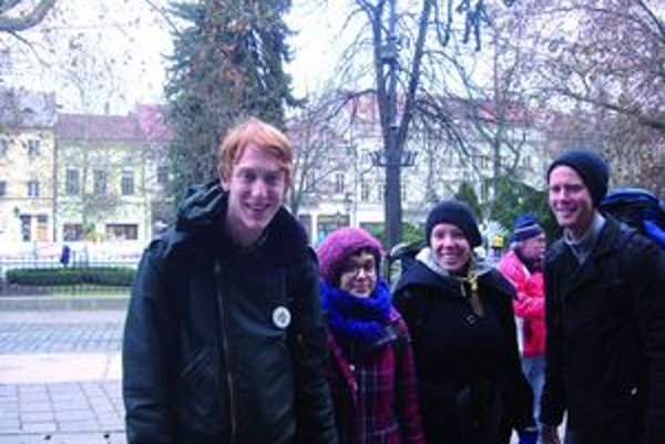 Kvarteto Kanaďanov na košickej Hlavnej ulici.