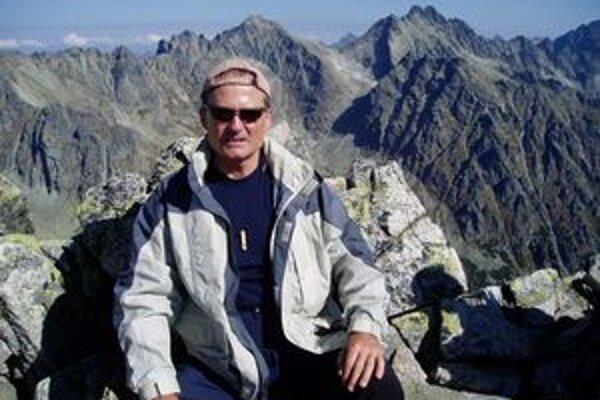 Na vrchole Slavkovského štítu. Starosta zdolal aj tento vrch Vysokých Tatier.
