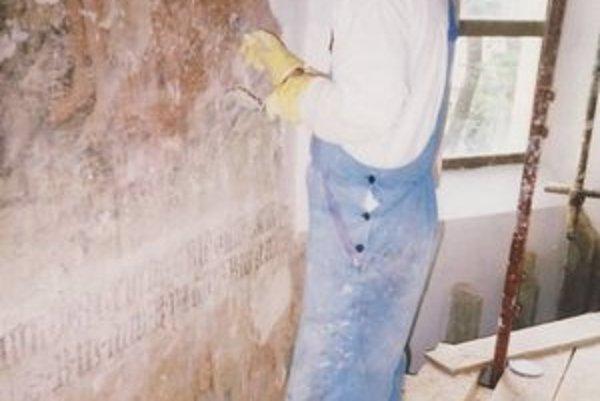 Reštaurovaniu pamiatok sa Peter Mlích venuje od roku 1996.