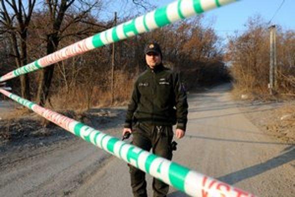 Únik látky, ktorej zápach zamoril časť Košíc, vyvolal na myslavskej skládke masívne bezpečnostné opatrenia.