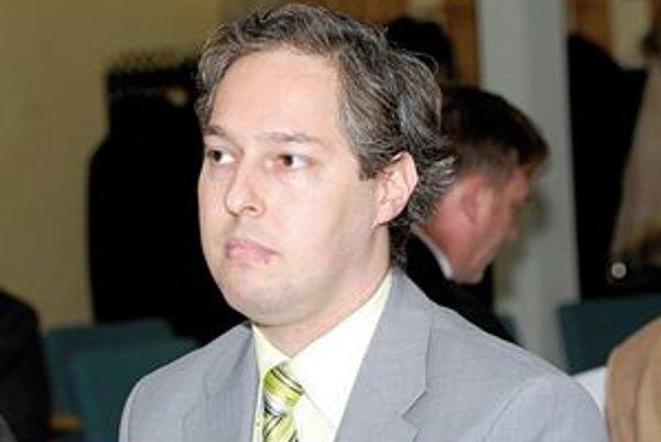 Róbert  Schwarcz. Riaditeľ pre e–maily s vyhrážkami podal vlani niekoľko trestných oznámení.