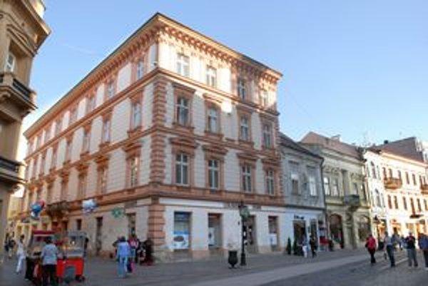 Mlynská 1. Jeden z najlukratívnejších obchodných priestorov v centre.