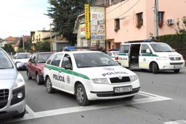 Tesne po nehode. Polícia netušila, kto je agresívnym vodičom.