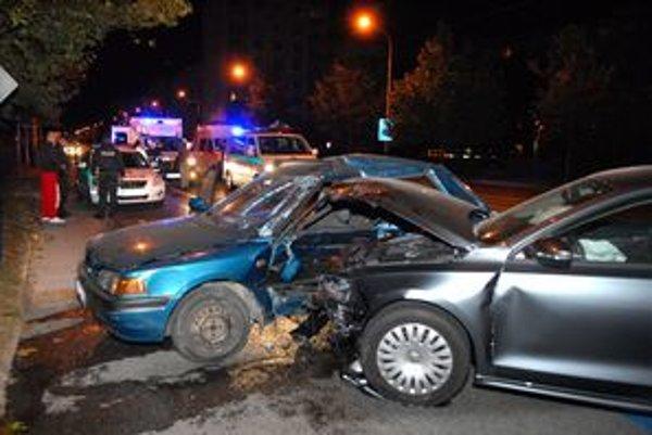 Po nehode. Záchranári mali čo robiť.