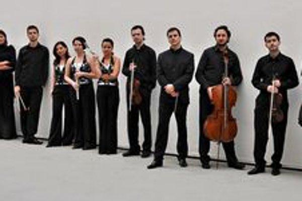 Quasars Ensemble tvorí viacero umelcov