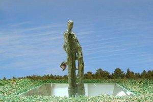 Budúca socha Štefánika.