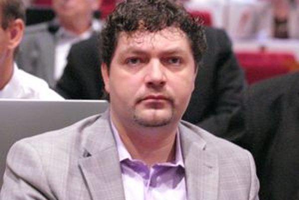 Milan Bereš (KDH). Všimol si sumy z úveru na neoprávnené výdavky projektov.
