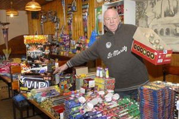 Ivan Gašpar. Predaju pyrotechniky sa venuje už 15 rokov.