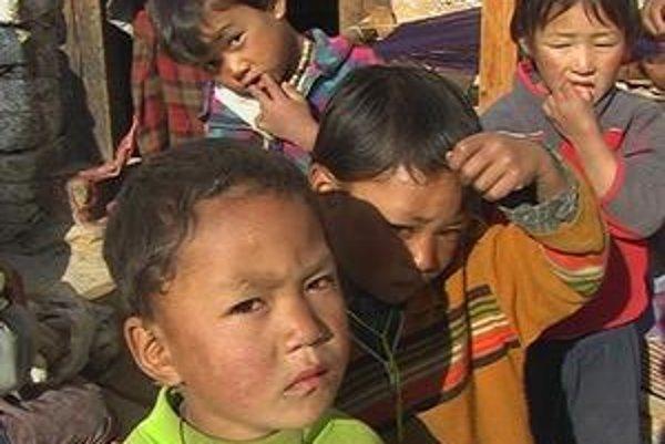 Bhutánske deti.