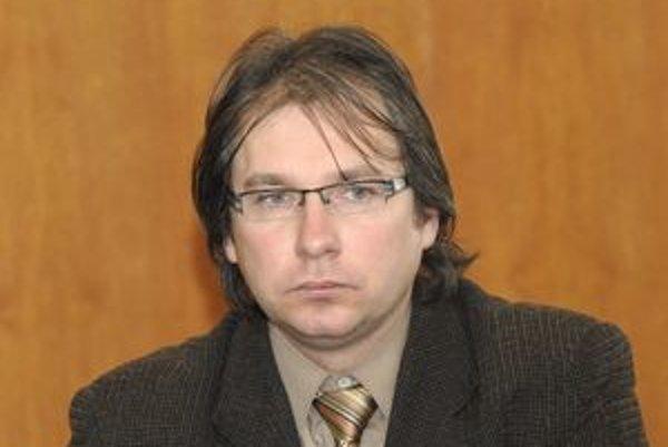 Richard Dlhý. Bývalý zástupca riaditeľa magistrátu bude už čoskoro šéfovať úradu na Západe.