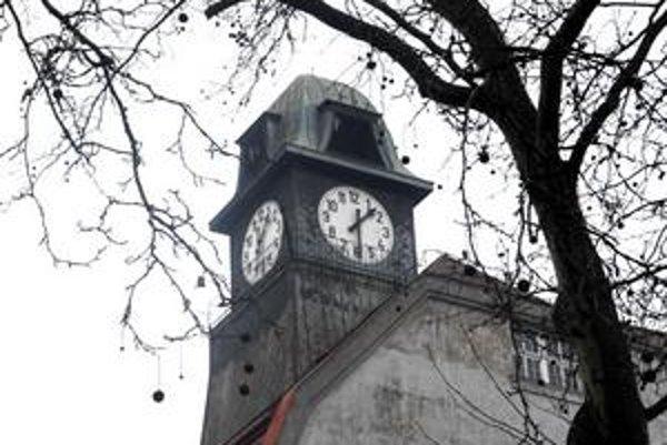 Staromestské hodiny. Budú sa opäť opravovať. Koľko bude generálka stáť, staromestská radnica včera nepovedala.