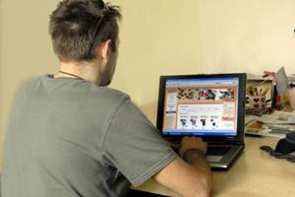 Nákup cez internet. I keď je pohodlný, často výhodnejší, skrýva možné úskalia.