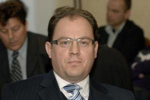 Nový vicestarosta. Peter Kalanin (KDH) prešiel aj vďaka hlasom Mostu a Smeru.