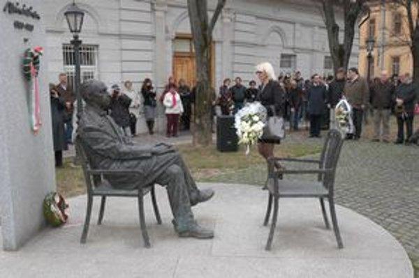 Márai. Spisovateľ naďalej sleduje meštiansky život v Košiciach.