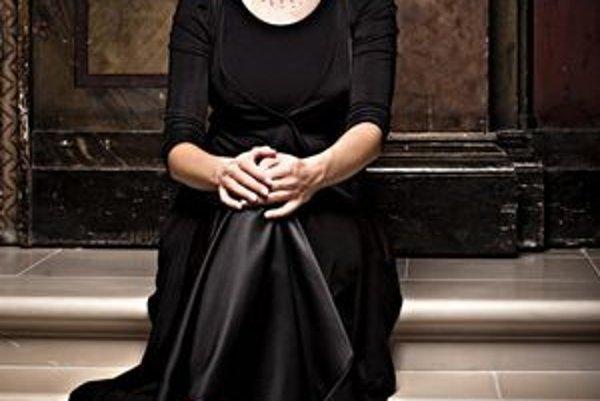Petra Noskaiová. Je renomovaná špecialistka na starú hudbu. V Dome umenia predstaví Mahlerove piesne.