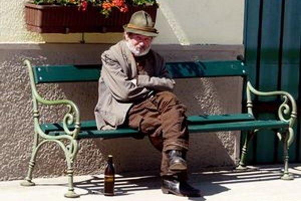 Podvodníci si najradšej vyberajú starších ľudí.