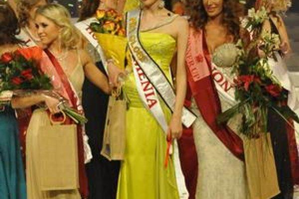 Záber zo svetového finále Mrs. Globe z roku 2009.