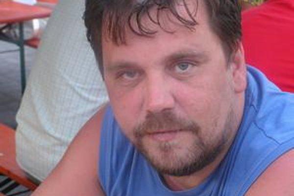 D:\KORZAR - KOSICKY VECER\AVÍZA do Korzára\INTERNEZ 20.8.2010\10 Dohovič S.jpg