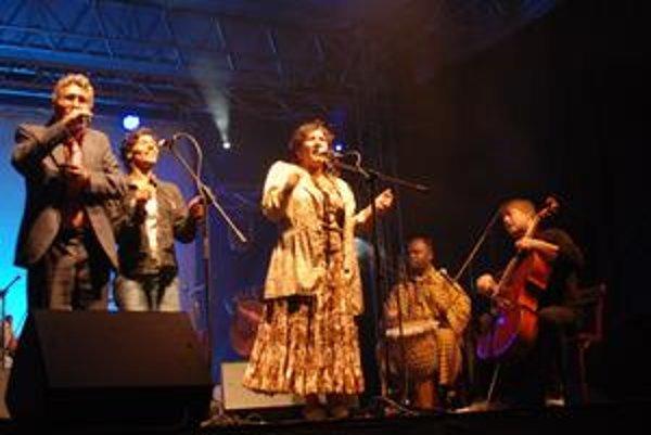 Na koniec to najlepšie. V Košiciach predstavili muzikanti starodávne rómske piesne v novom šate.